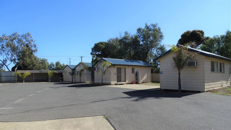 Moonta Bay Cabins 13 August 2019  (21)